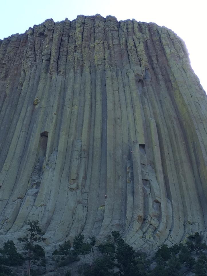 1f - Climbers on Devils Tower