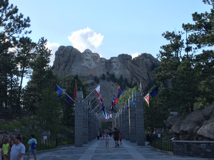 8b - Mt Rushmore Flags